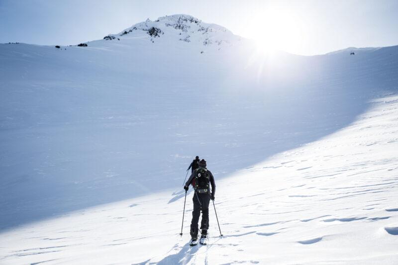 Off-piste reizen voor snowboarden en skiën