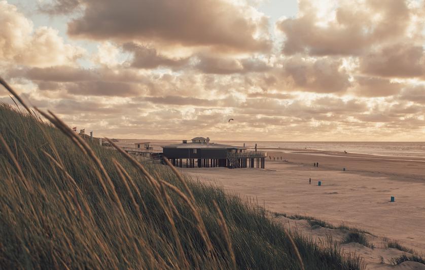 Ons Nederlandse surfcamp is gelegen op Ameland!