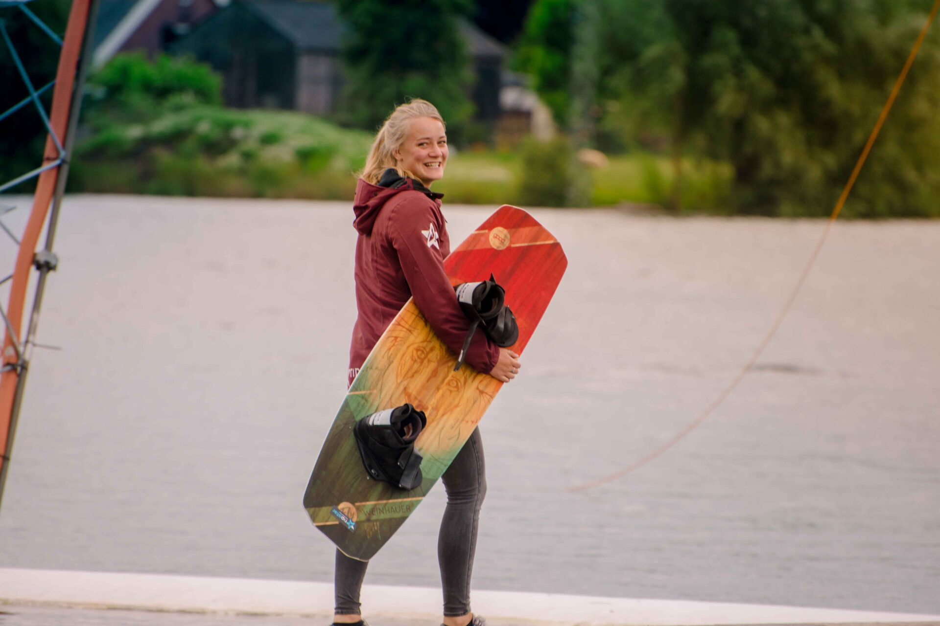 Faya op het wakeboard kamp van Ripstar bij Down Under